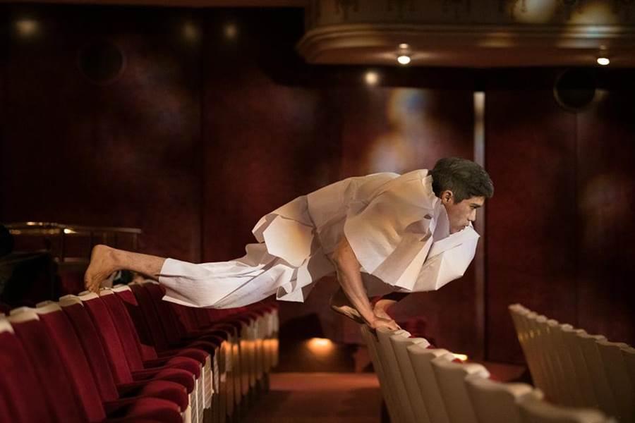 何曉玫表示,讓舞者舞上觀眾席的主意,其實是源於祭祀經驗。(國家兩廳院提供/王寶兒台北報導)