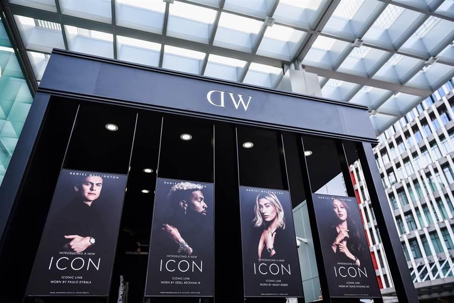 DW時尚快閃店「ICONIC Studio」於雙十連假10日至13日進駐台北信義微風戶外廣場。(DANIEL WELLINGTON提供)