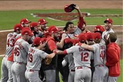 MLB》首局海灌10分寫紀錄 紅雀G5血洗勇士
