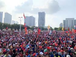 萬人歡聚港都升旗慶雙十 韓:創新台灣奇蹟