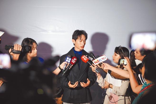 黃河昨出席雄影記者會,避談自拍事件。(高雄電影節提供)