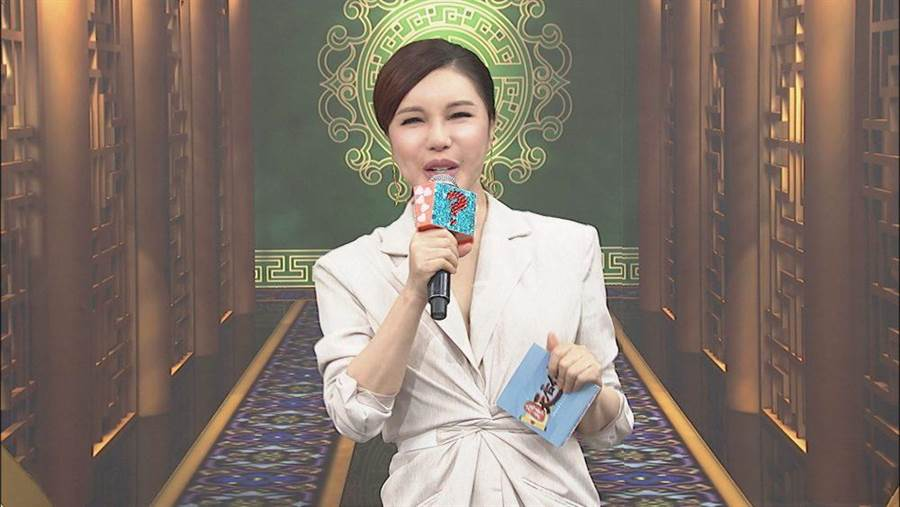 利菁差點和陳孝萱同期出道。(中天提供)