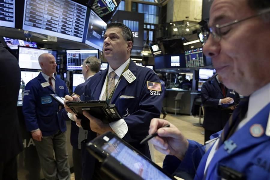 分析師提醒,12月15日對科技業是攸關1600億美元的關鍵時刻。(美聯社)