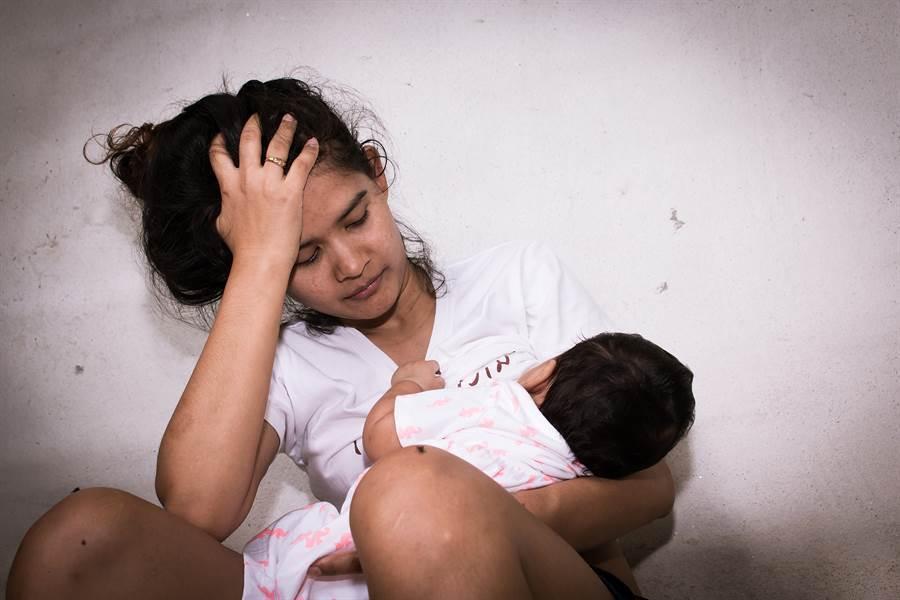 她懷孕這習慣 竟產下青蛙女嬰(示意圖非當事人/達志影像)