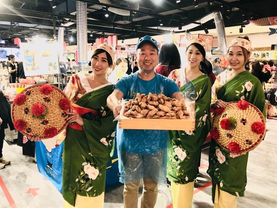 新光三越台中店10日起舉辦「第九回日本商品展」端出多樣的日本美食。(馮惠宜攝)