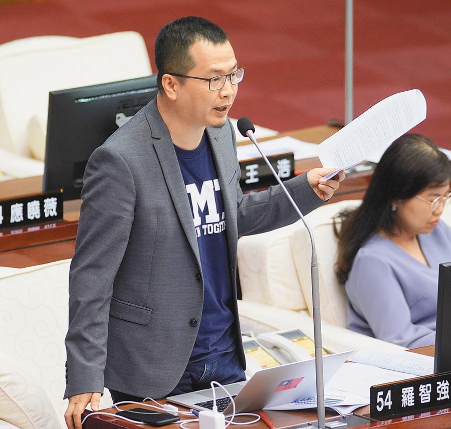 台北市議員羅智強批謝長廷「拗功」一流。(本報系資料照片)