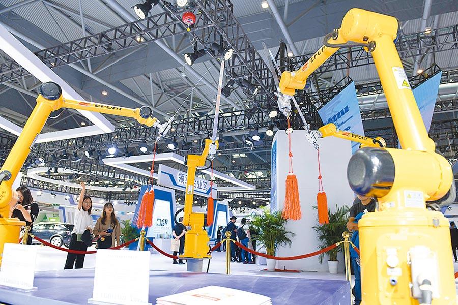 瑞銀表示製造業投資恐放緩,圖為合肥舉辦2019世界製造業大會。(新華社)