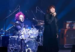 「世界末日」開唱台粉暖心慶生 小丑鼓手兼翻譯超強!