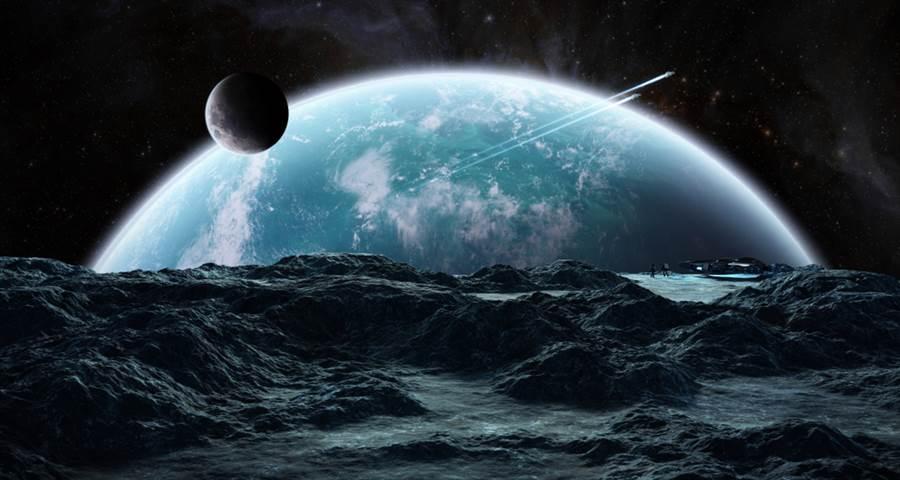 今年的諾貝爾物理獎得主之一、瑞士天文學家奎洛茲(Didier Queloz)未來30年內,人類將會發現外星生命,更認為外星生命體勢必存在於宇宙的某個角落裡。(圖/達志影像)