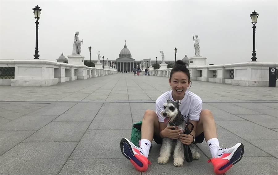 潘慧如的愛犬「雪寶」乖巧又可愛。球狀星團娛樂提供
