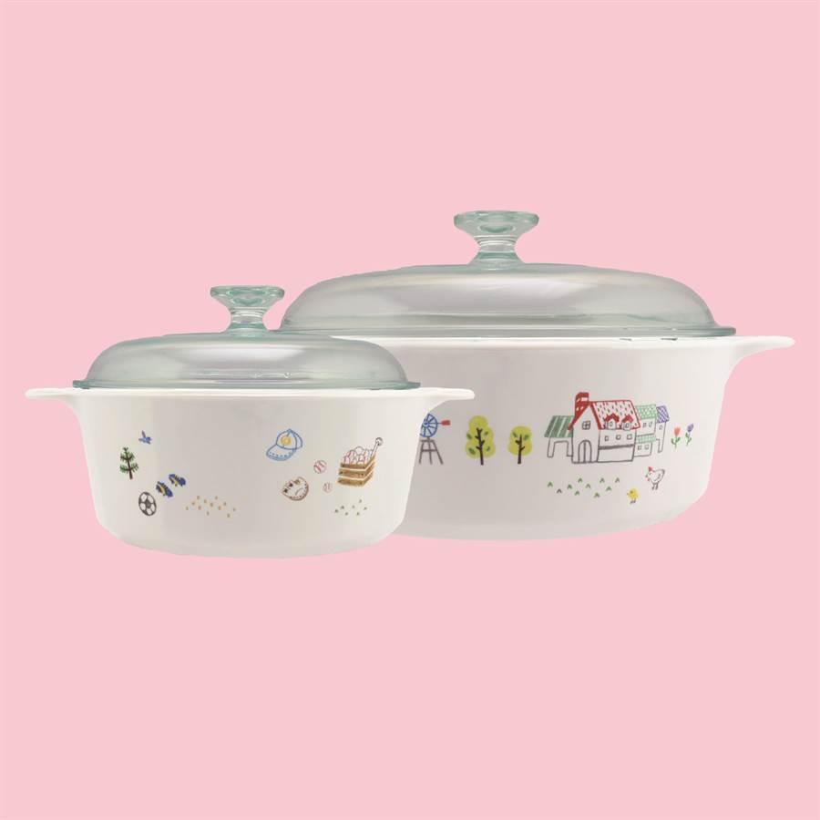 康寧餐具女王盛宴悠閒午後的雙鍋組。(康寧餐具提供)