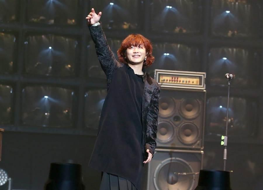 主唱Fukase帶來首首好歌。(粘耿豪攝)