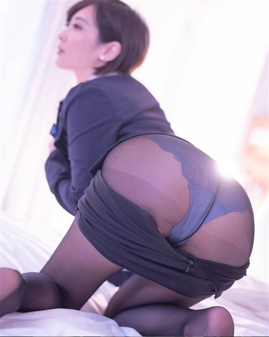 王子妃近日兩張美臀照,引起網友暴動 (圖/翻攝自王子妃IG)