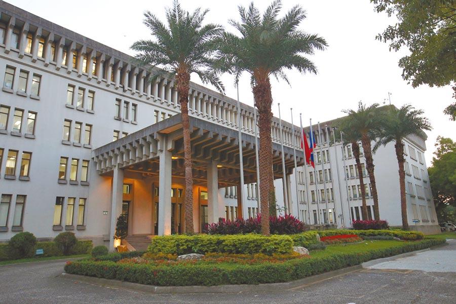台灣留學生在美國發生車禍,外交部已進行關切。圖為外交部外觀。(本報資料照片)