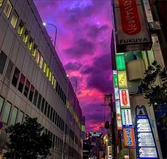 哈吉貝襲日本...天空出現這畫面 日網友嚇壞:魔界降臨了