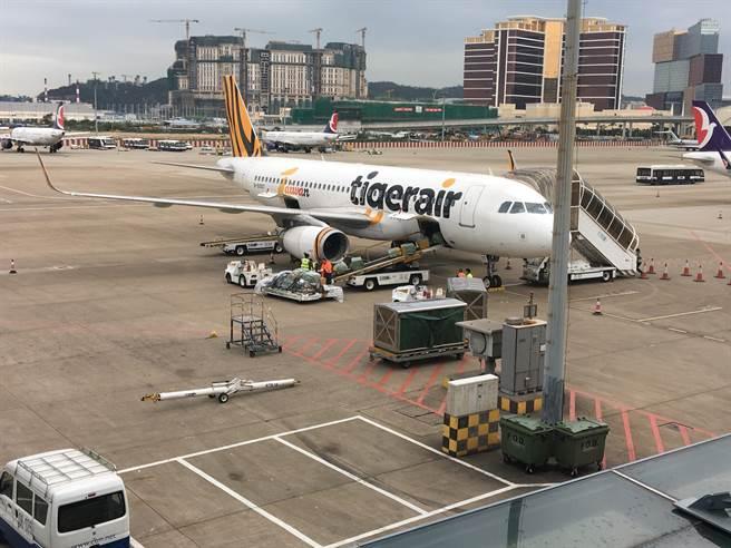 台灣虎航宣布10月13日航班異動。(陳祐誠攝)