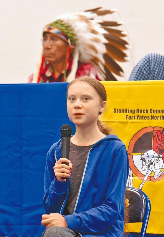 瑞典環保少女桑柏格一度被認為有望獲得今年諾貝爾和平獎,這位16歲女孩無論得獎與否,已然成為新世代環保代言人。(美聯社)