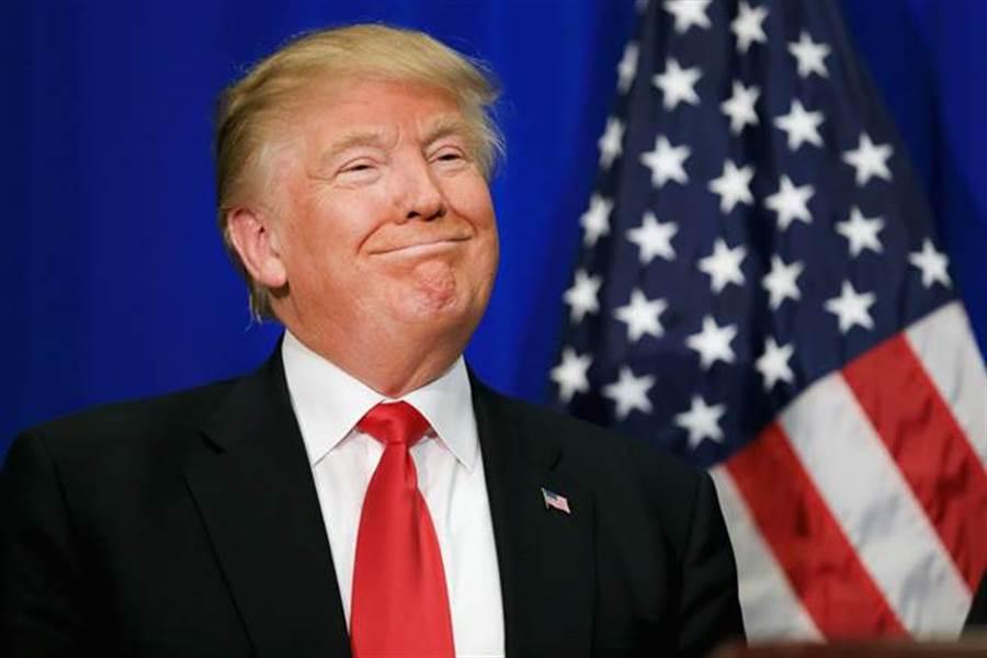 美國總統川普好心情藏不住。(圖/美聯社)