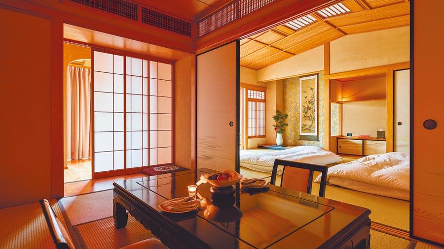 日式客房從榻榻米到裝潢擺設,都出自職人精心設計。(三二行館提供)