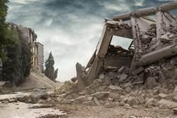 美興建中飯店大樓倒塌 1死19傷