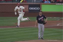 MLB》薛神霸凌紅雀 國民2連勝