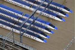北陸新幹線120節車厢泡水 專家:最糟變廢鐵
