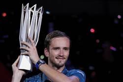 打破三巨頭壟斷 俄悍將網球大師賽摘冠