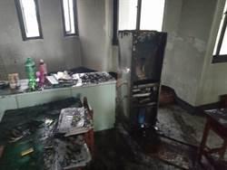 疑飲水機自燃 彰化建新國小火警教室燻黑