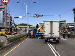 連環撞 等紅燈3車追撞3駕駛受傷