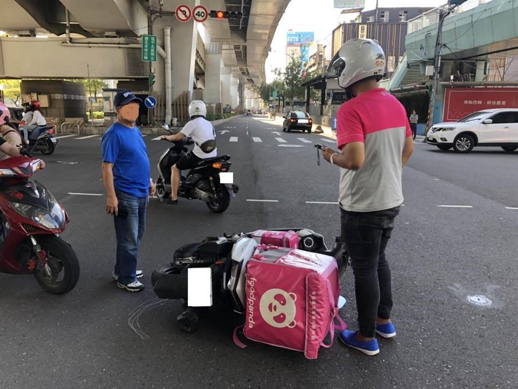 台北市10月迄今,發生30件外送員車禍,令人吃驚。(台北市警局提供/吳家詮傳真)