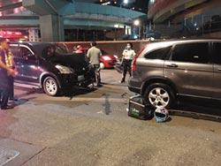 新莊和嘉義分傳車禍 2外送員又遭貨車撞飛