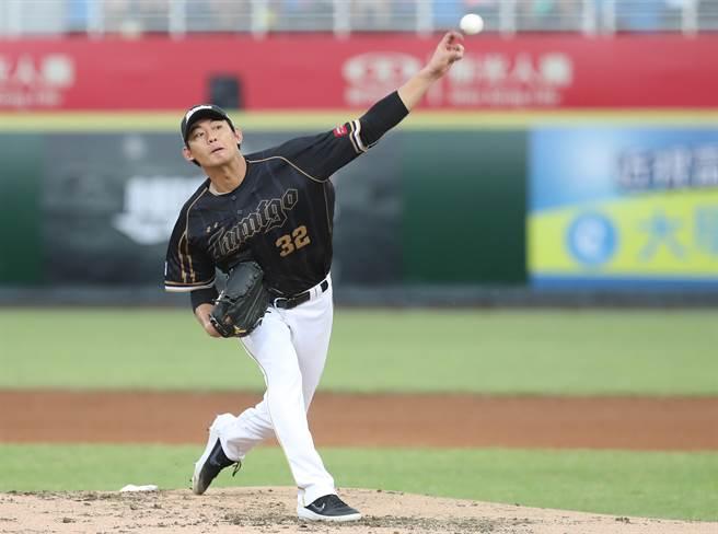 桃猿先發土投王溢正生涯在台灣大賽出賽4場全奪勝。(中央社資料照)