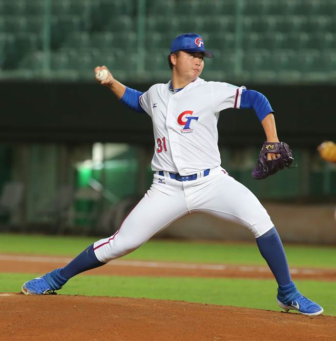 中華隊先發投手鄧愷威投3局失1分。(黃國峰攝)