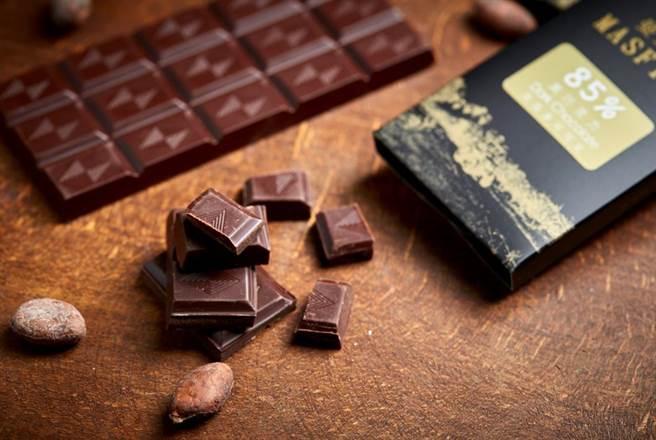 新光三越台北信義A4 B1新農場直營的精品級巧克力「曼斐諾巧克力」。(新光三越提供)