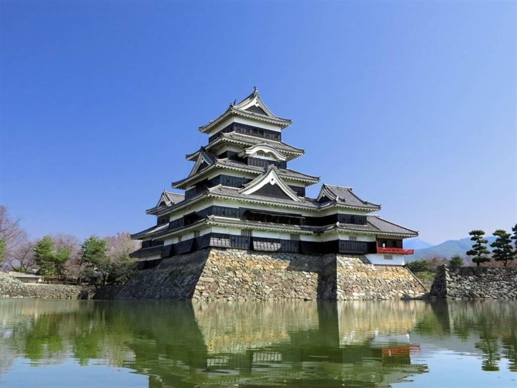 第二名的松本城,從未被戰火破壞,是少數由武士時代屹立至今的城堡。(TripAdvisor 提供)