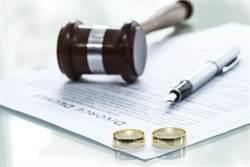 愛賭拋妻兒老癱瘓 妻離婚求去獲准