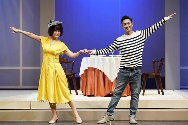 潘迎紫與謝祖武在戲中談戀愛。(全民大劇團提供)
