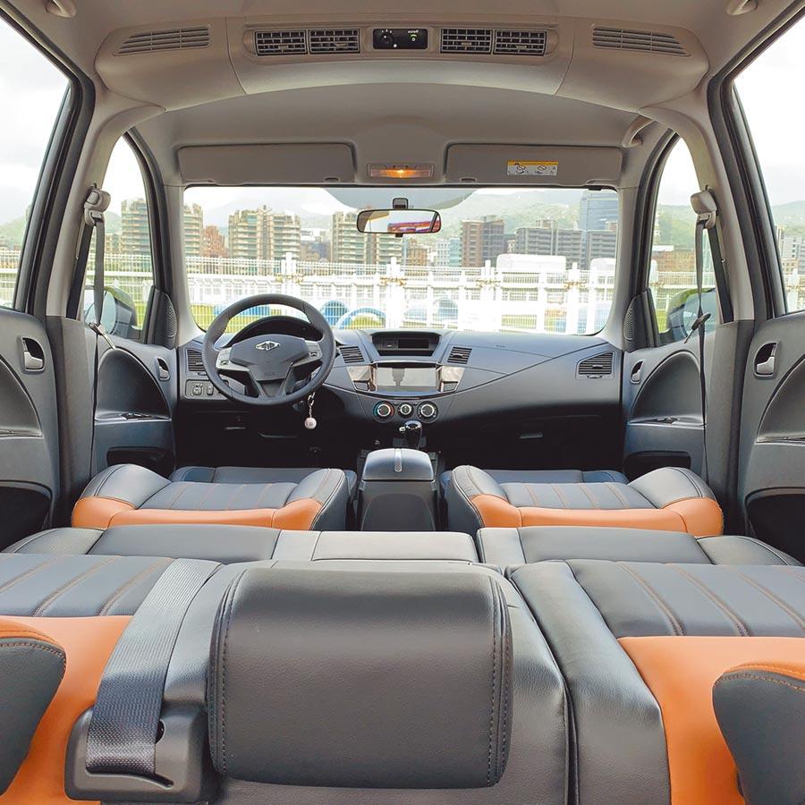 第一、二排座椅完全打平之後,即可充做車床使用。(陳大任攝)