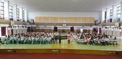 玉里高中三百青年 熱情相迎台電「瓩設計獎」