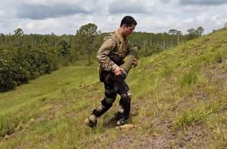 洛馬ONYX動力護膝 有助增進士兵耐力