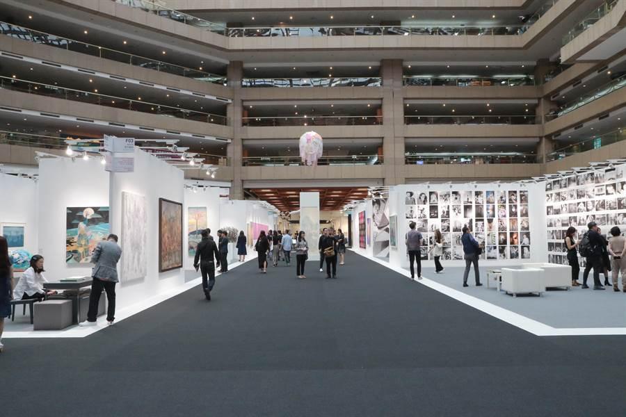 邁入26屆的台北藝博會17日開展,業界期待未來台灣成為亞洲的藝術交易重鎮。(文化部提供/李怡芸台北傳真)
