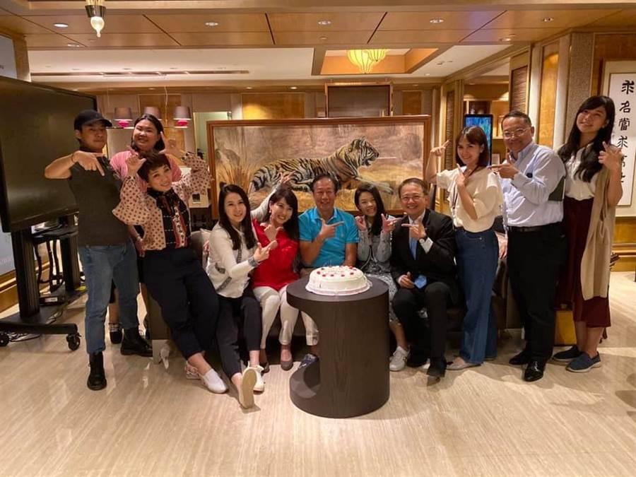 鴻海集團創辦人郭台銘近日舉辦生日宴會。(圖/翻攝自郭台銘臉書)