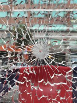 桃園市議員劉安祺服務處遭槍擊 警逮到2嫌