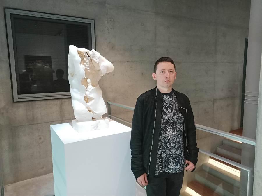 薩莫利透過作品中的破壞和再造,帶領民眾反思西方藝術的輝煌經典。 (張晉銘攝)