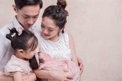 楊千霈小女兒Q妹雙滿月 與姊姊娃寶互動超萌