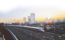 陸力拚市市通高鐵 明年關鍵年