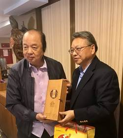 台中副市长拚经济 向印尼企业家招商投资台中