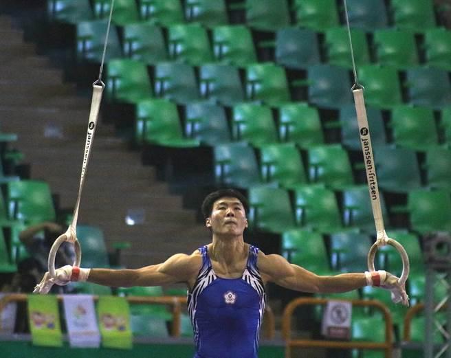 唐嘉鴻在108年全運會表現出色,體操前兩天賽程勇奪1金1銀。(陳筱琳攝)