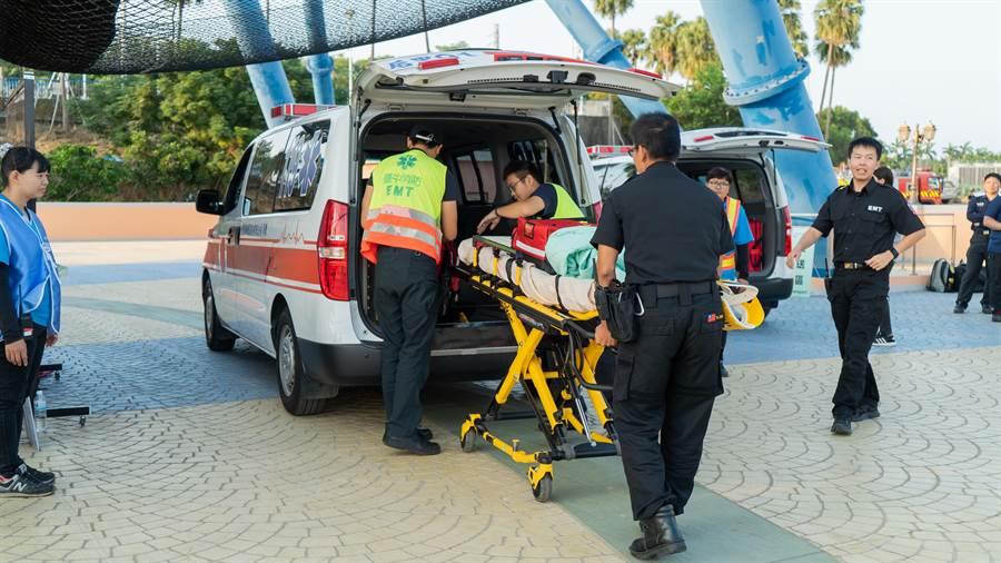 觀旅局讓相關人員熟悉緊急救難救護流程,俾利於發生緊急事件時能提供遊客迅速優良的救難與救護品質。(台中市政府觀光旅遊局提供/陳世宗台中傳真)