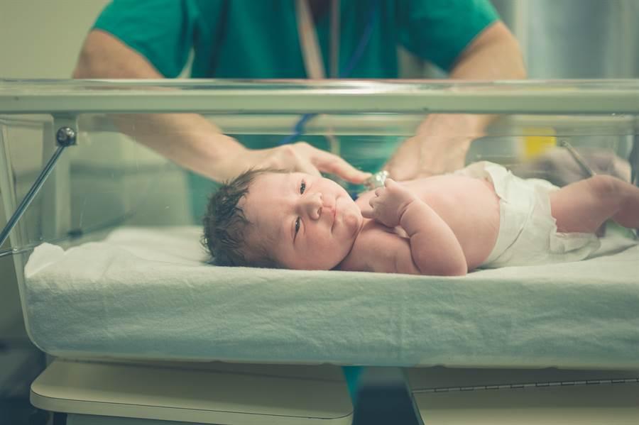 產男嬰生殖器短小 一個月後檢查變女兒(示意圖/達志影像)